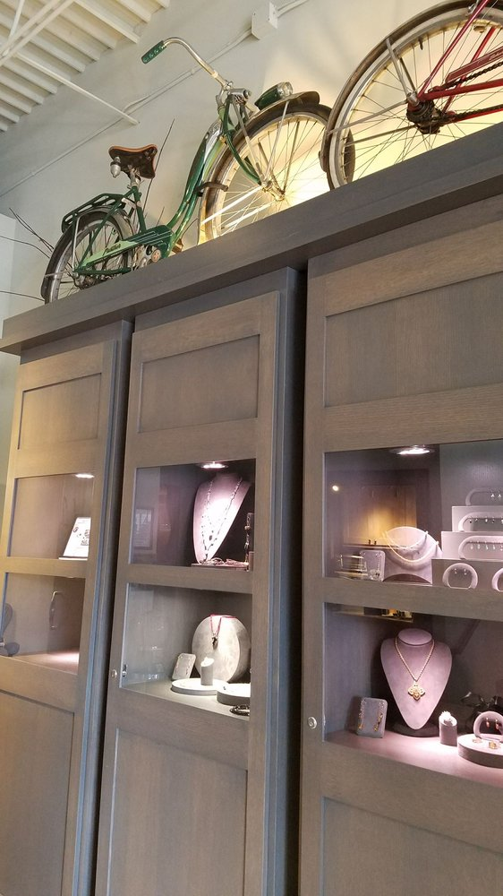 T Lee Custom Designer Jewelry
