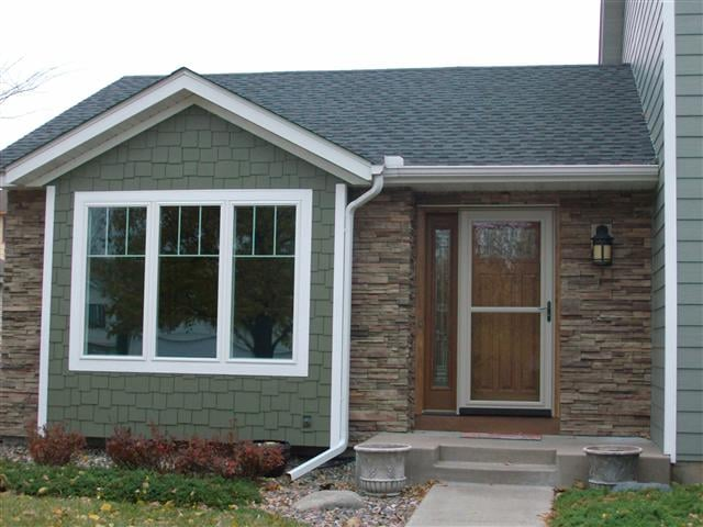 Brian h farmington mn roofing garage door wraps for Lp smart siding reviews