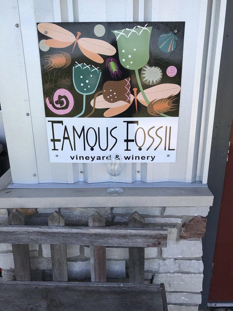 Famous Fossil Vineyard & Winery: 395 W Cedarville Rd, Freeport, IL