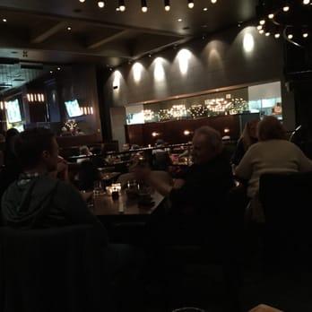 Earls Kitchen + Bar - 32 Photos & 29 Reviews - Canadian