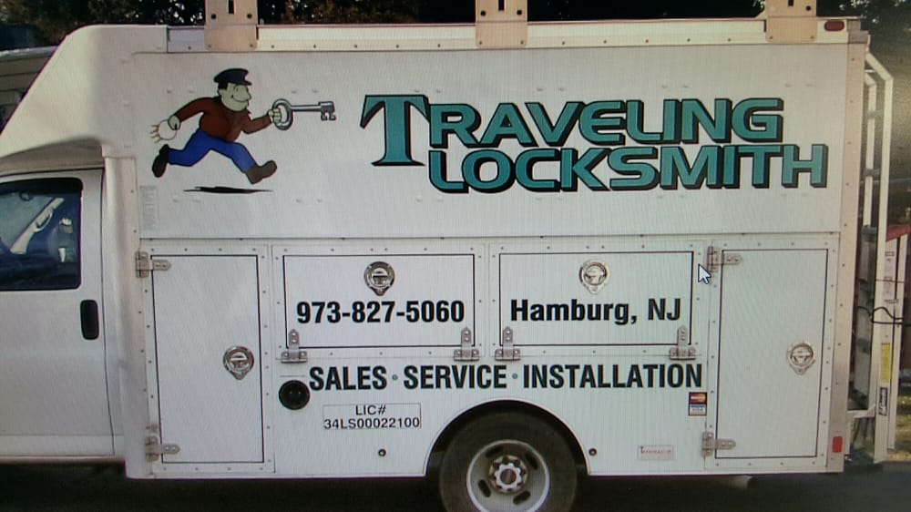 Traveling Locksmiths: 6 Forest Trl, Hamburg, NJ