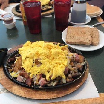 brookfield family restaurant 40 photos 52 reviews american rh yelp com