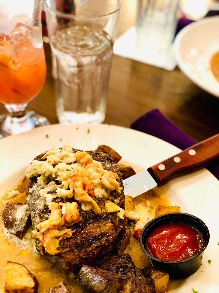 Food from Louisiana Bistreaux Buckhead