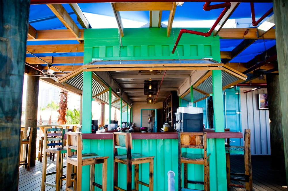 Container bar at red fish blue fish restaurant pensacola for Places to buy fish near me