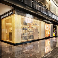 8793ba493c53 Louis Vuitton Neiman Marcus Hudson Yards - Leather Goods - 20 Hudson ...