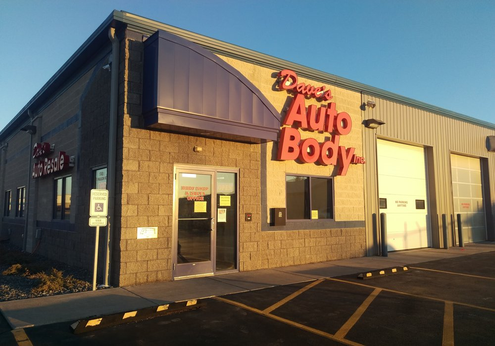 Dave's Auto Body: 1748 W Paulson Rd, Green Bay, WI