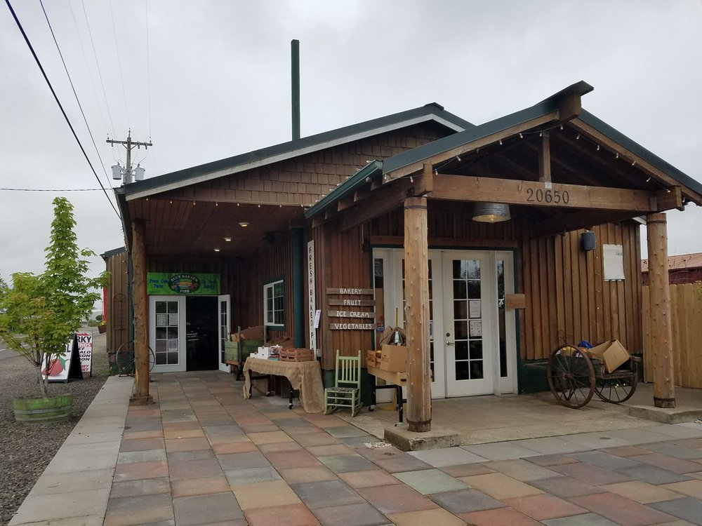 Blue Raeven Farms: 20650 S Hwy 99W, Amity, OR