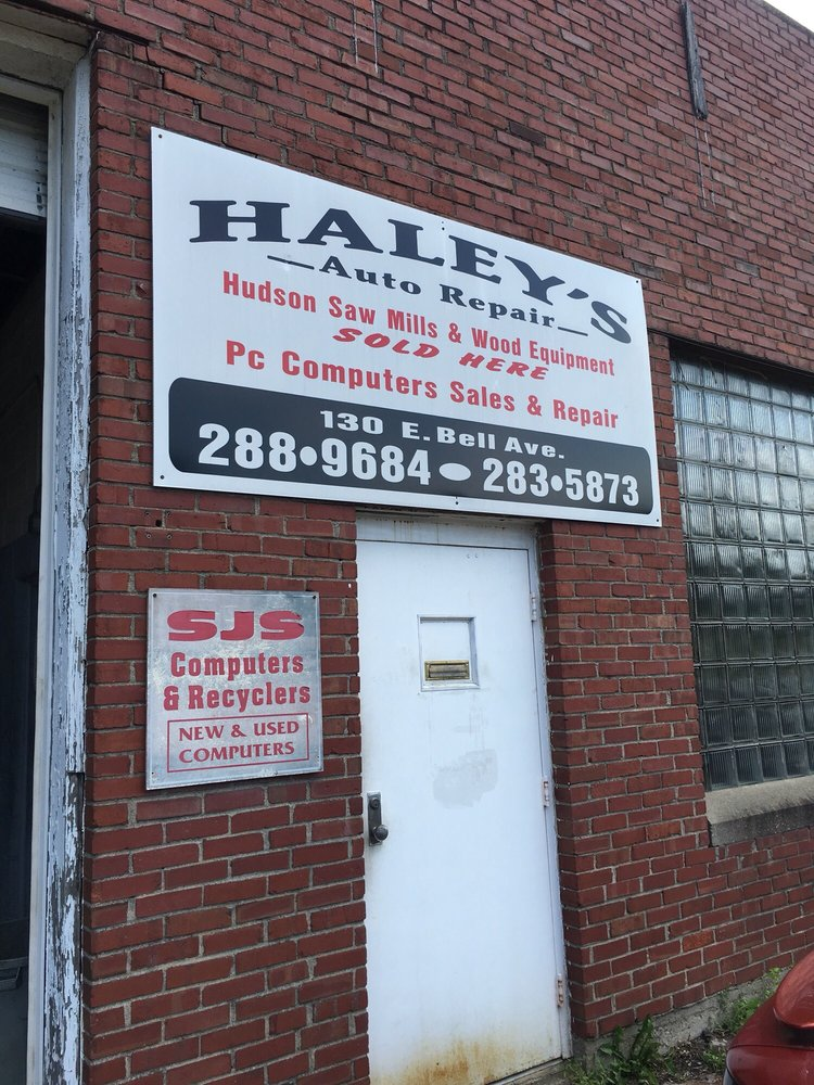 Haley's Auto: 130 E Bell Ave, Clarksville, IN