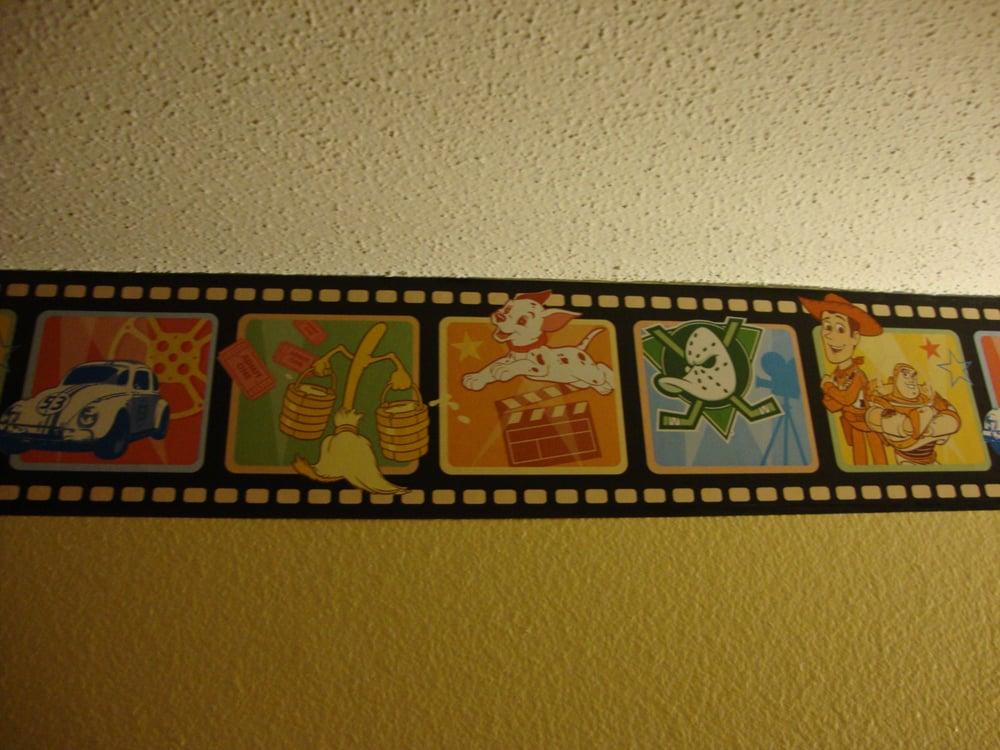 Themed wall borders... (Walt Disney World, FL)