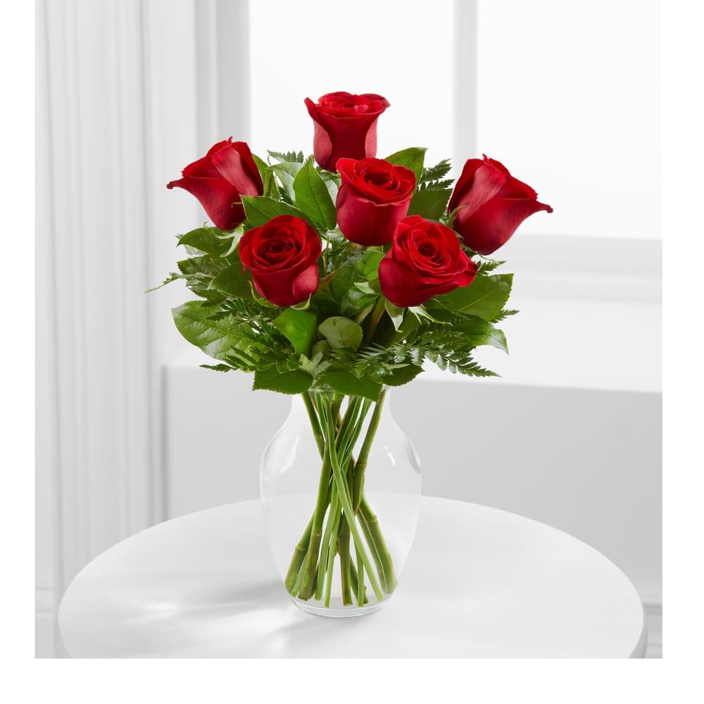 Nila's Flower Nook: 833 Main St, Springfield, CO