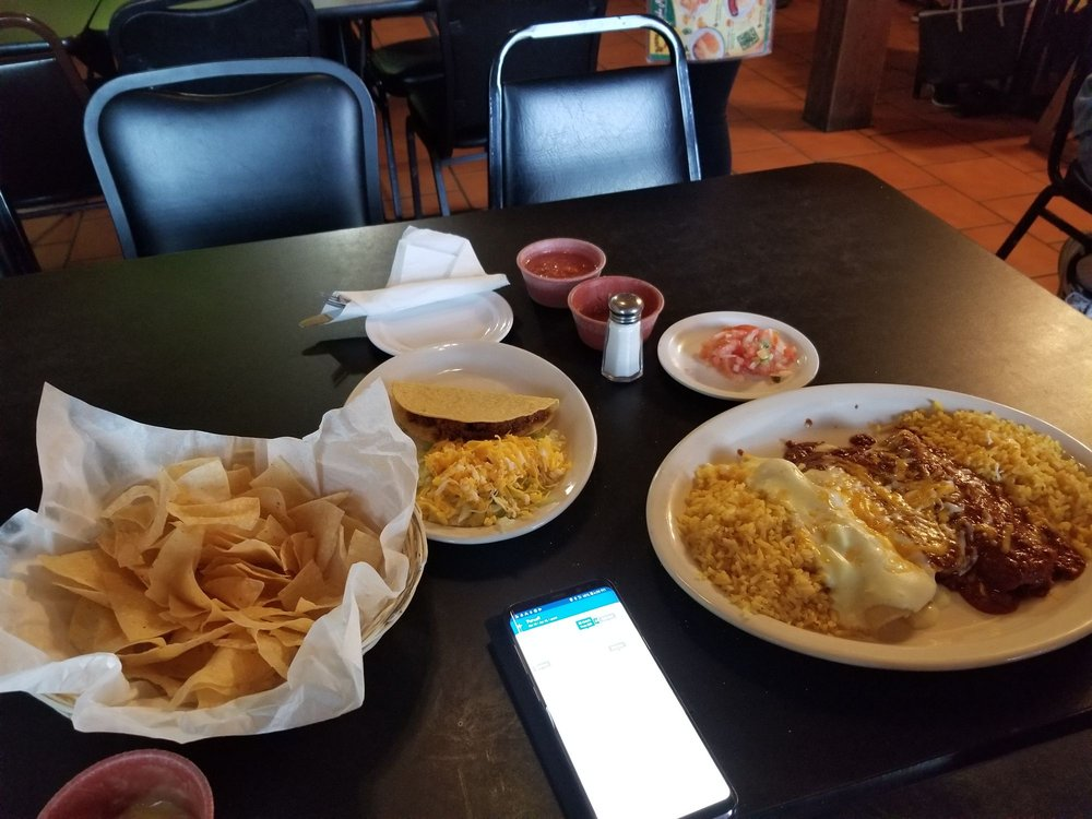 Bravo's Mexican Grill: 1526 S Green Ave, Purcell, OK