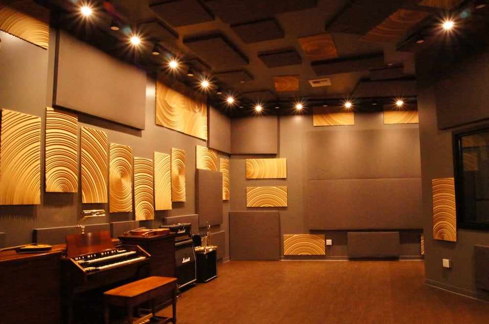 Example of treatment with la sound panels acoustic panels Acoustic design for the home studio