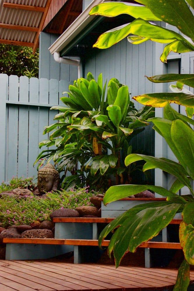 Hawaii's Peace Garden Vacation Houses: 47-4628 Honokaa-Waipio Rd, Honokaa, HI