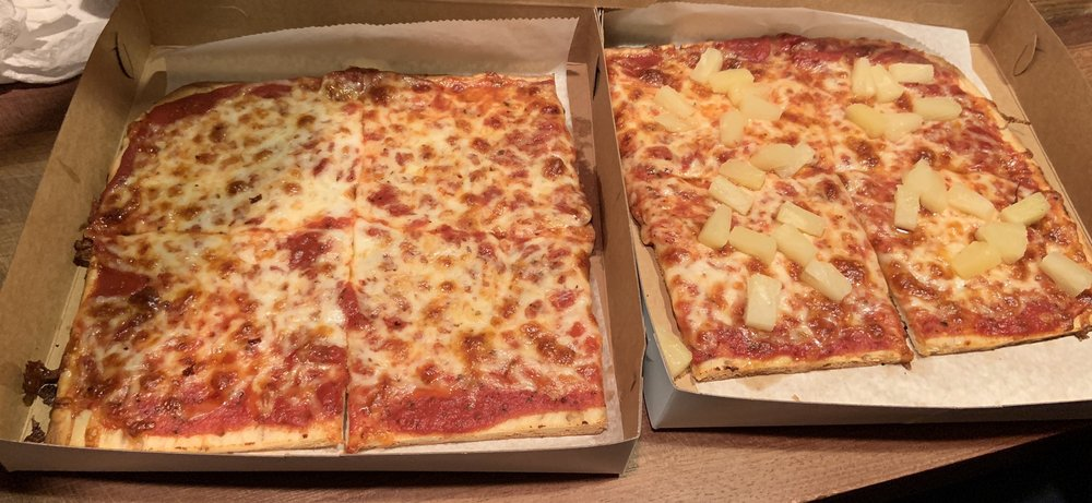Villa Di Pizza: 2584 Brodhead Rd, Aliquippa, PA