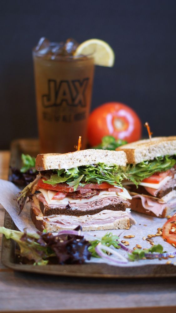 Jax 5th Avenue Deli & Ale House: 5046 New Centre Dr, Wilmington, NC
