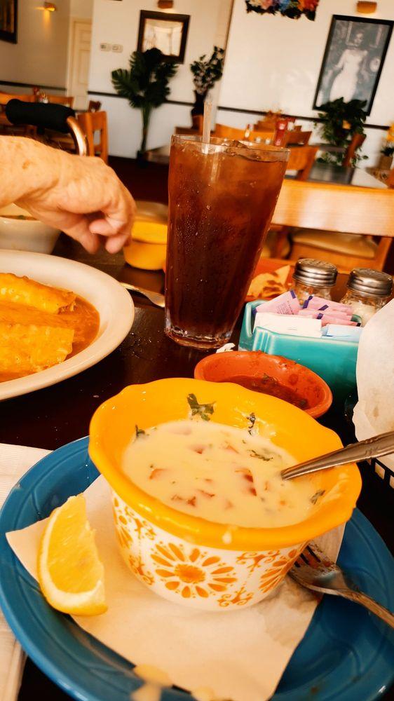 Deanna's Tex-Mex Breakfast*Lunch*Dinner: 18446 Hwy 105 W, Montgomery, TX