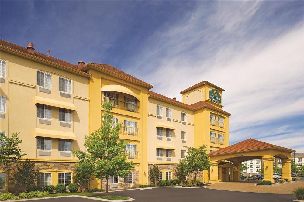La Quinta Inn & Suites Smyrna TN - Nashville: 2537 Highwood Blvd, Smyrna, TN
