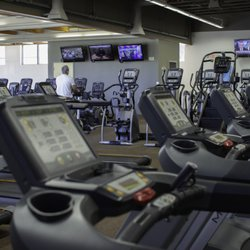 Courthouse Club Fitness - West - 33 Photos & 22 Reviews - Gyms - 300