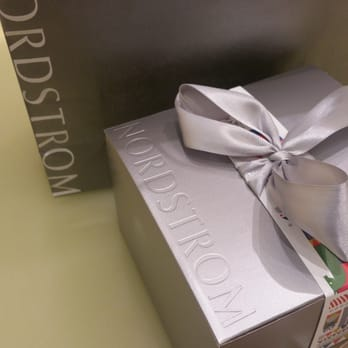 Nordstrom - 81 Photos & 122 Reviews - Department Stores - 100 ...
