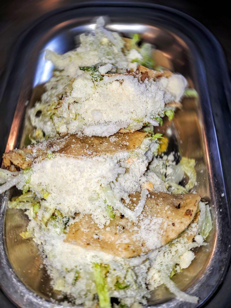 El Sombrero Mexican Restaurant: 79 E US Hwy 69, Claycomo, MO