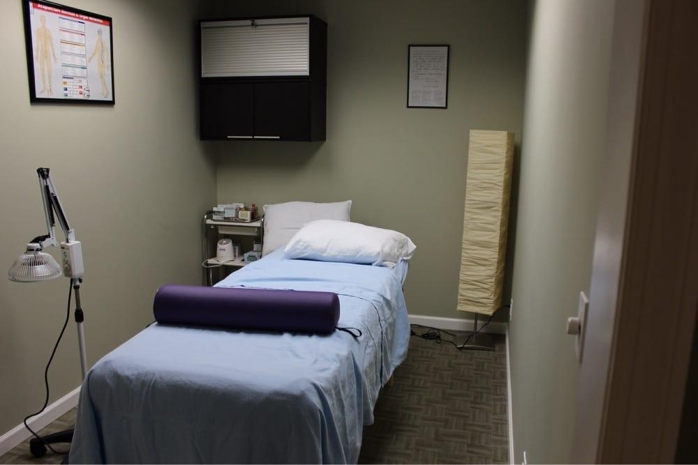 Dix Hills Family Acupuncture: 23 Shoreham Dr W, Dix Hills, NY
