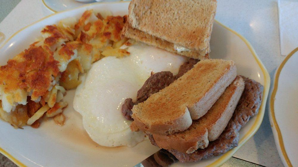 Golden Gate Diner: 1318 Union Blvd, Allentown, PA