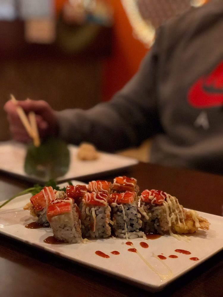 Yama Sushi Roll House: 209 Village Ave, Yorktown, VA