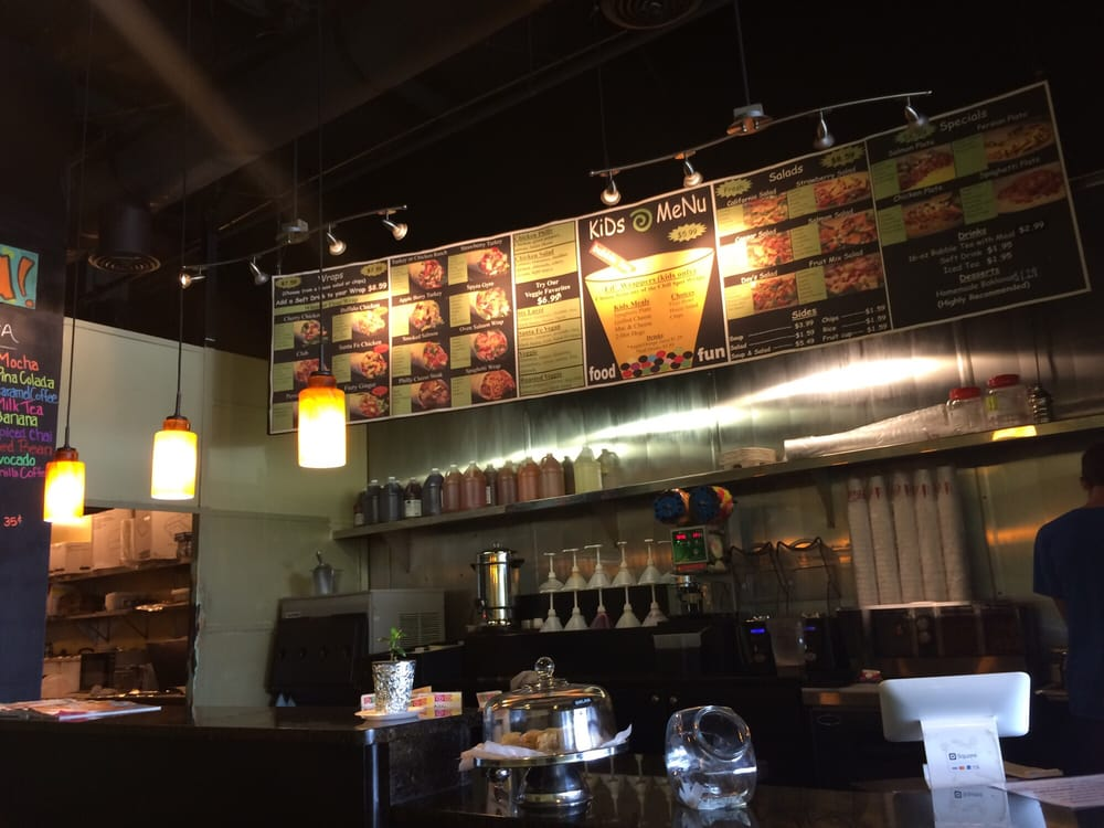 Chill spot 75 photos 88 reviews delis 330 franklin for Dining near brentwood tn