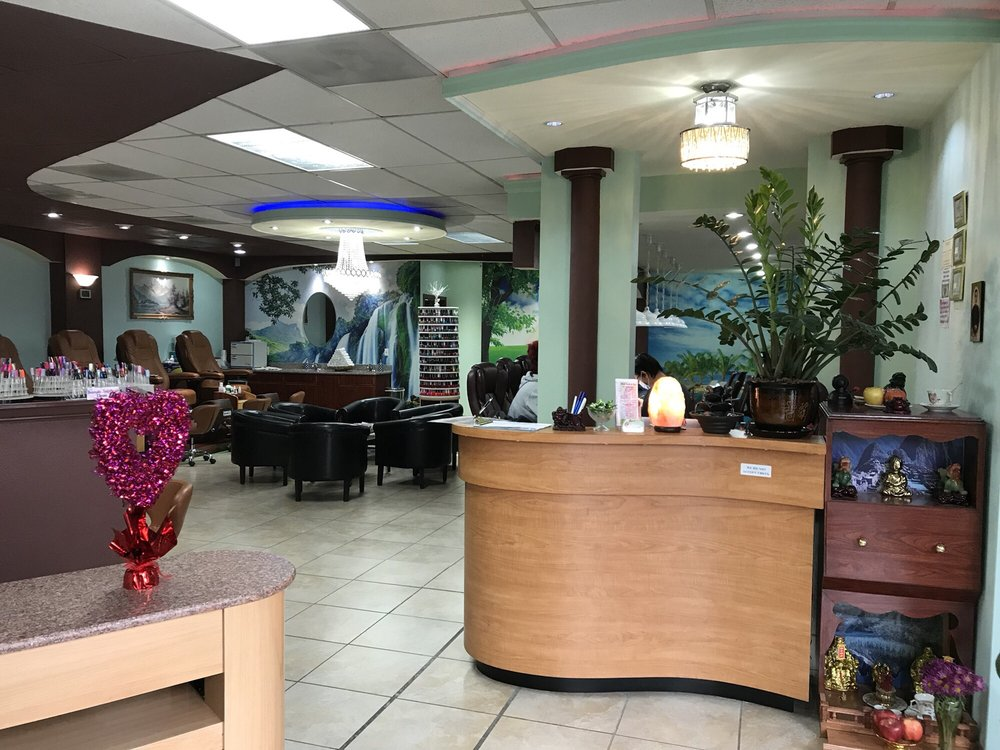 Best Nails and Spa: 2929 SE Powell Blvd, Portland, OR