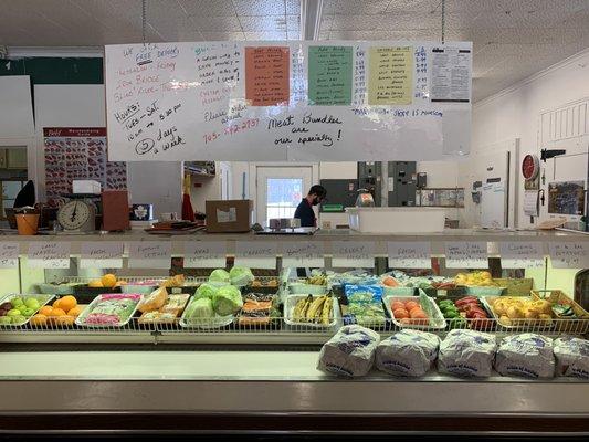 Maple Ridge Store - Grocery - 14614 Highway 17, Thessalon