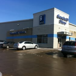 Goodwill Store Used Vintage Consignment 5520 Council St Ne