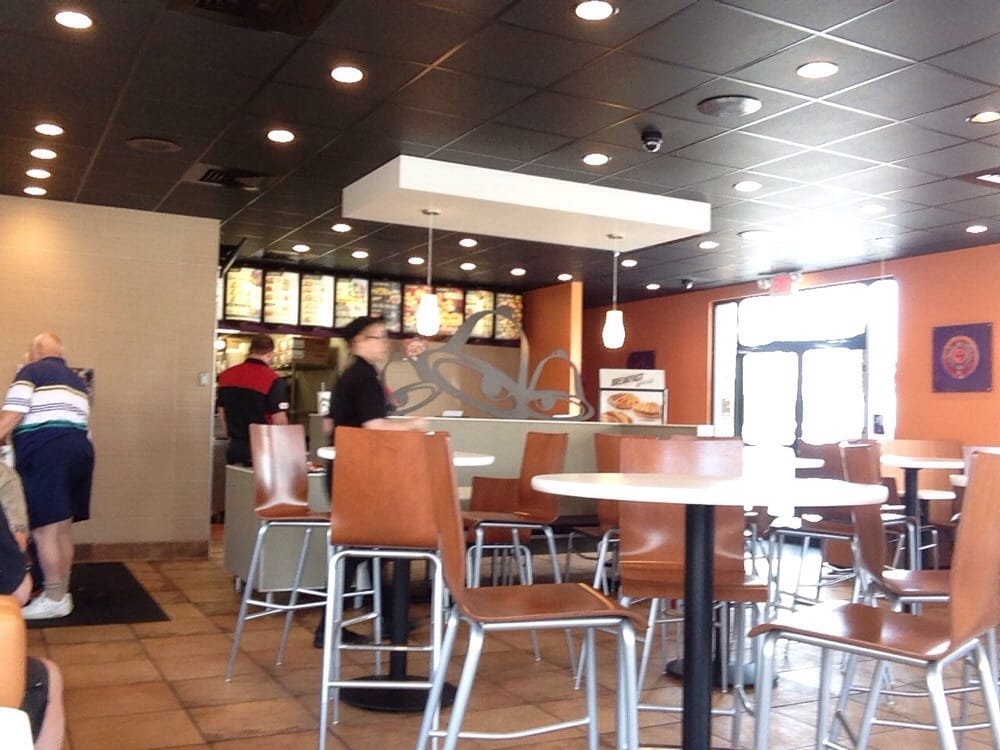 Taco Bell: 1102-1122 Airport Rd, Allentown, PA