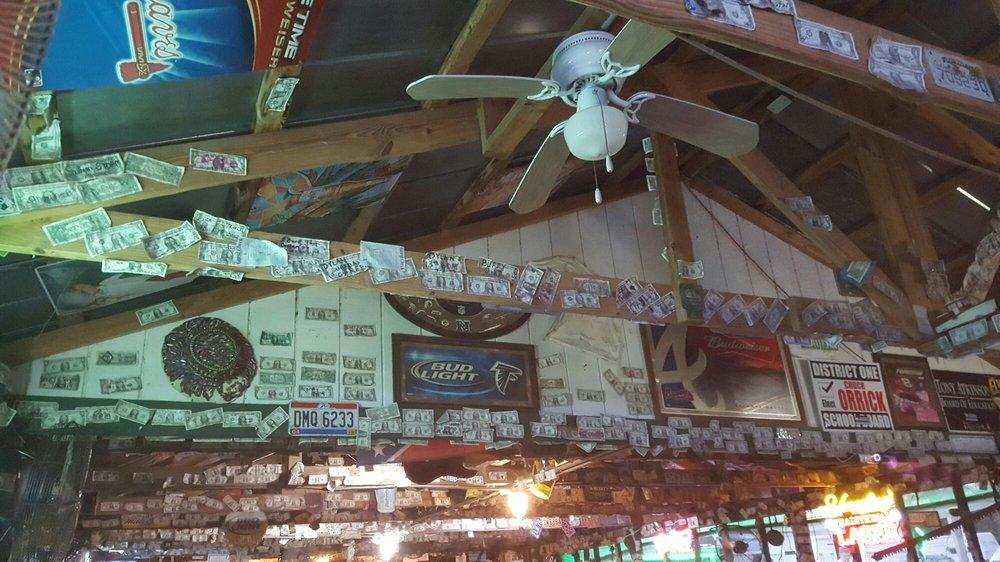 Big Jim's Oyster Bar: 7863 Reynolds Landing Rd, Donalsonville, GA
