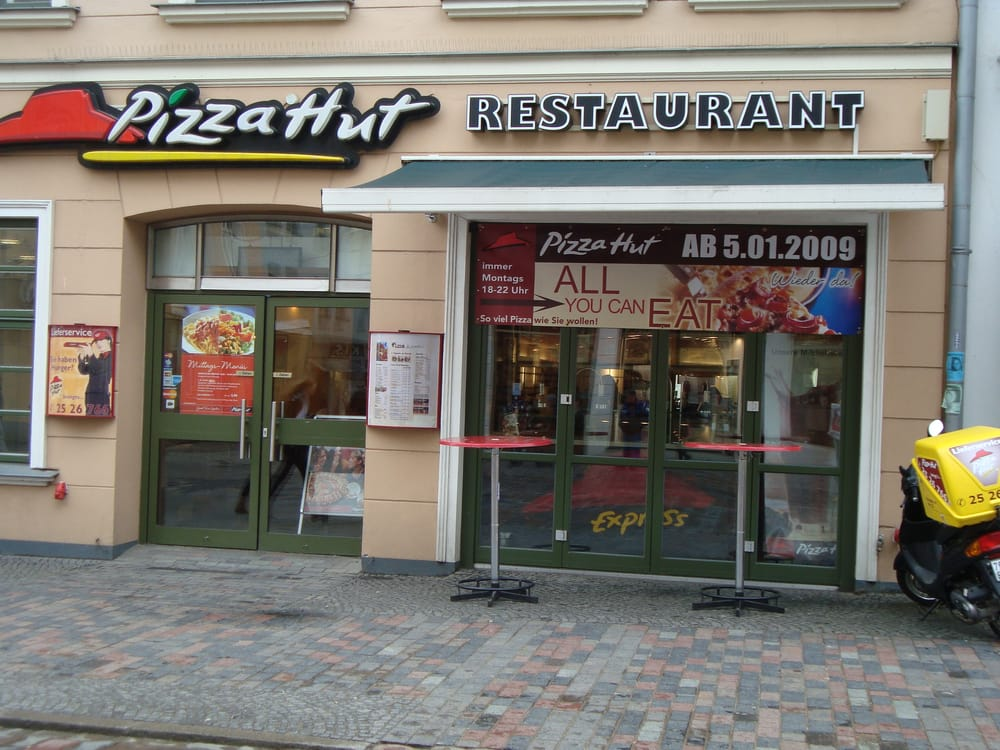 pizza hut 15 avis pizza kr peliner str 54 rostock mecklenburg vorpommern allemagne. Black Bedroom Furniture Sets. Home Design Ideas