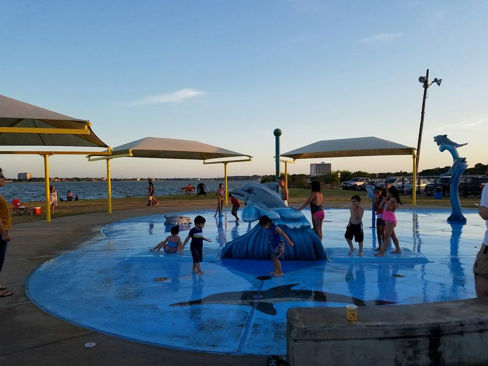 Clear Lake Park: 5001 Nasa Pkwy, Seabrook, TX