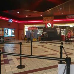 Regal Cinemas Barn Plaza 14 26 Reviews Cinema 1745