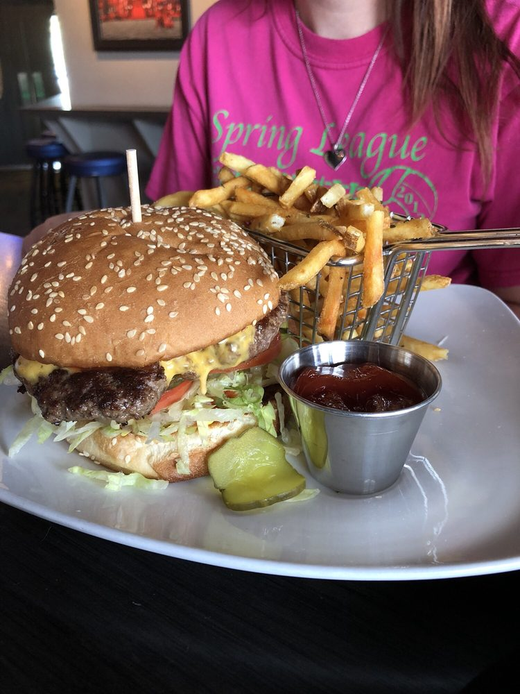 Corner Bar & Grill: 4015 Owen Rd, Fenton, MI