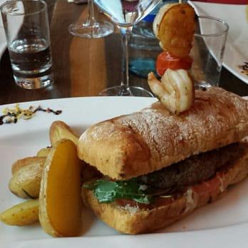 Aurum champagner bar alter schlachthof 45 karlsruhe for Burger karlsruhe