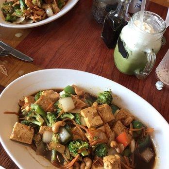 Best Thai Food In East Lansing