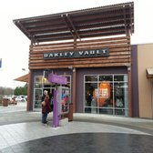 oakley outlet tulalip  photo of oakley vault tulalip, wa, united states