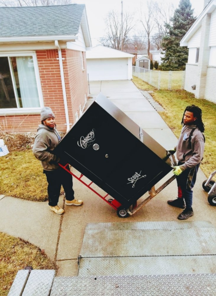 Alpha and Omega Moving: Eastpointe, MI