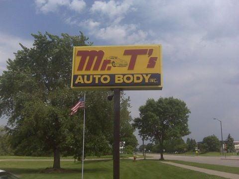 Mr T's Auto Body & Collision Center: 4128 85th Ave N, Brooklyn Park, MN