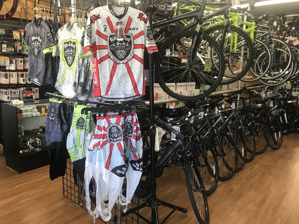 Ride & Roll Cyclery: 924 W Bay Dr, Largo, FL