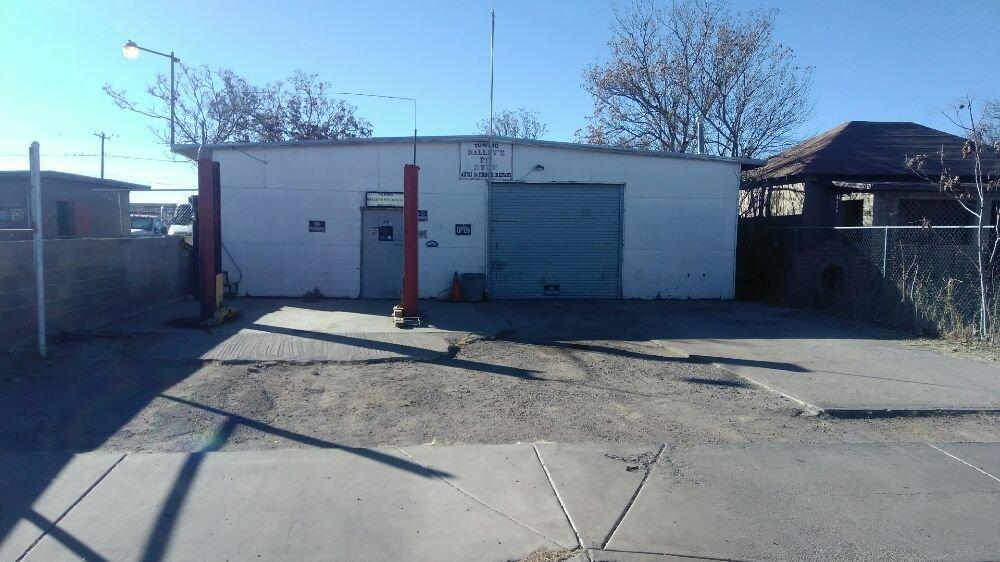 Nalley's Pit Stop: 1405 E 19th St, Douglas, AZ