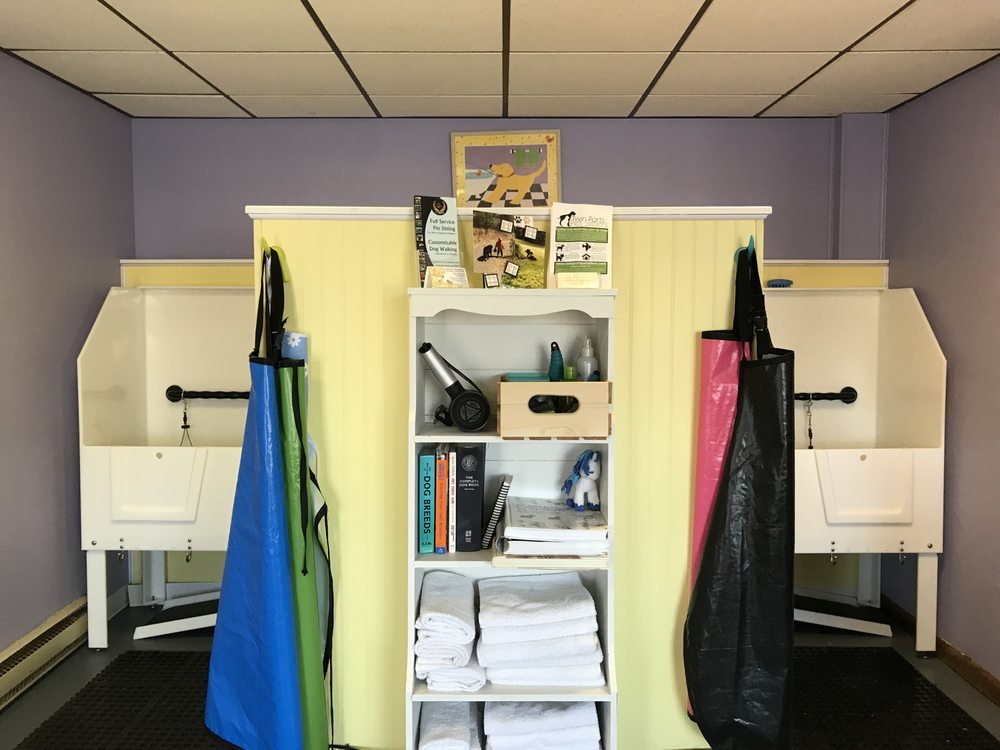The Grooming Shack: 4711 E Superior St, Duluth, MN