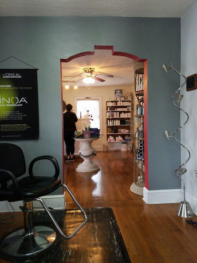 Azario Salon and Day Spa: 5420 Starkey Rd SW, Roanoke, VA