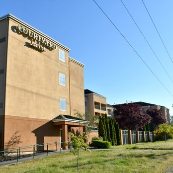 Courtyard Seattle NorthLynnwood Everett  51 Photos  48 Reviews