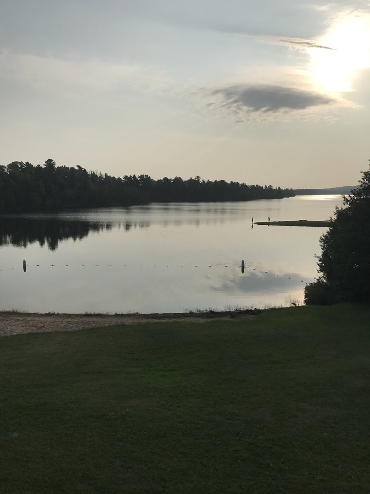Lake Fanny Hooe Resort & Campground: 505 2nd St, Copper Harbor, MI