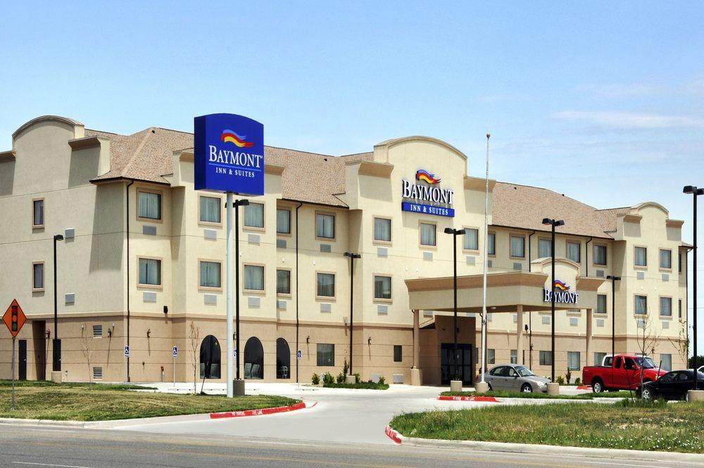 Baymont by Wyndham Perryton: 2601 S Main Street, Perryton, TX