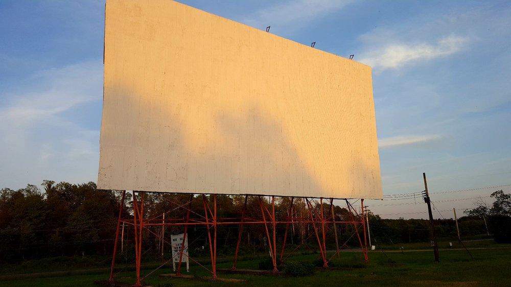 Loomis Delevan Drive In Theatre: RR 16, Delevan, NY